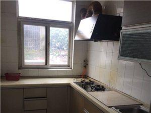 2室1廳1衛1400元/月汽車站后家屬樓