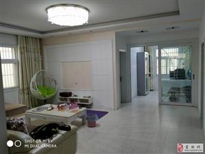 陽光水岸4室2廳2衛65萬元