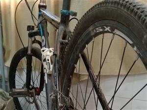 山地自行车低价转让