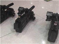 攝像機三台,出售。
