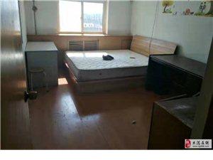 建安里3室1厅1卫1500元/月