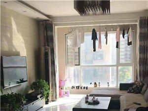紧邻东城小学海邻园三楼精装两室开放式厨房随时看房