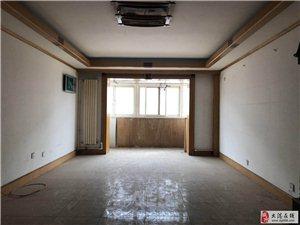 朝晖里三楼,三室,154万可议,通厅跨厅,有钥匙,随时看房。