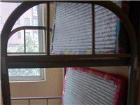 低价出售九五成新学生用上下床,含垫子,沂水县城内