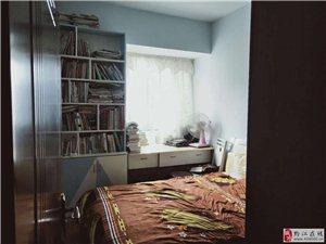 阳光花园3室2厅2卫66.8万元
