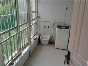 1540阳光花园2室2厅1卫1400元/月