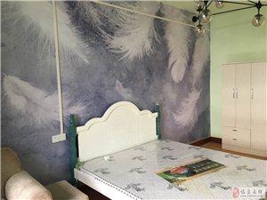 转盘精品公寓1室1厅1卫1000元/月