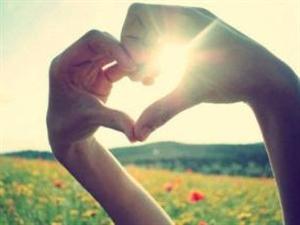 这个世界上,总有人偷偷爱着你