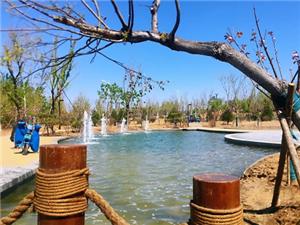 美爆了!济阳城区又建一处喷泉广场,小桥流水宛如世外桃源