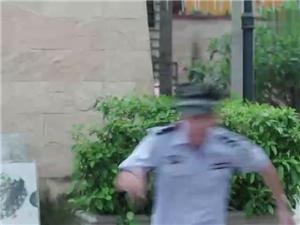 警察抓小偷