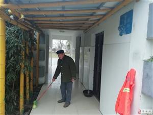 霍邱卧阳景观带玖龙皇家公馆对面公共厕所不公用