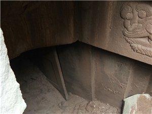 南溪区黄泥村又发现古墓