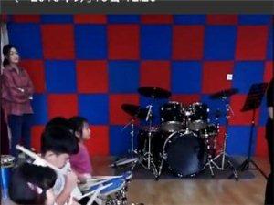 玉�鼓��