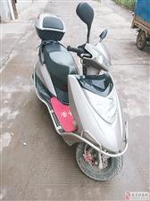 出售摩托车一辆,车风很好,没有摔过,没有修过