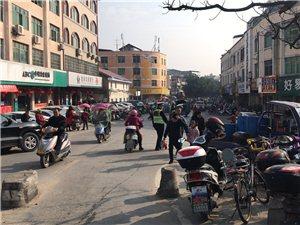 城区中队全力开展春节疏堵保畅工作