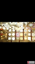 环城路一灯具店90平米,低价转让。
