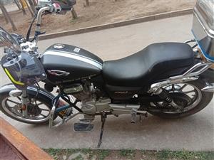 九成新摩托车