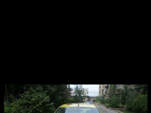 12款福特嘉年华黄色
