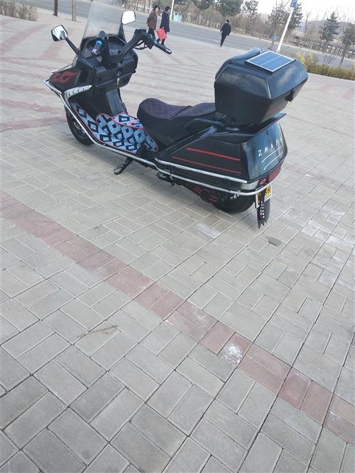 就这摩托车。
