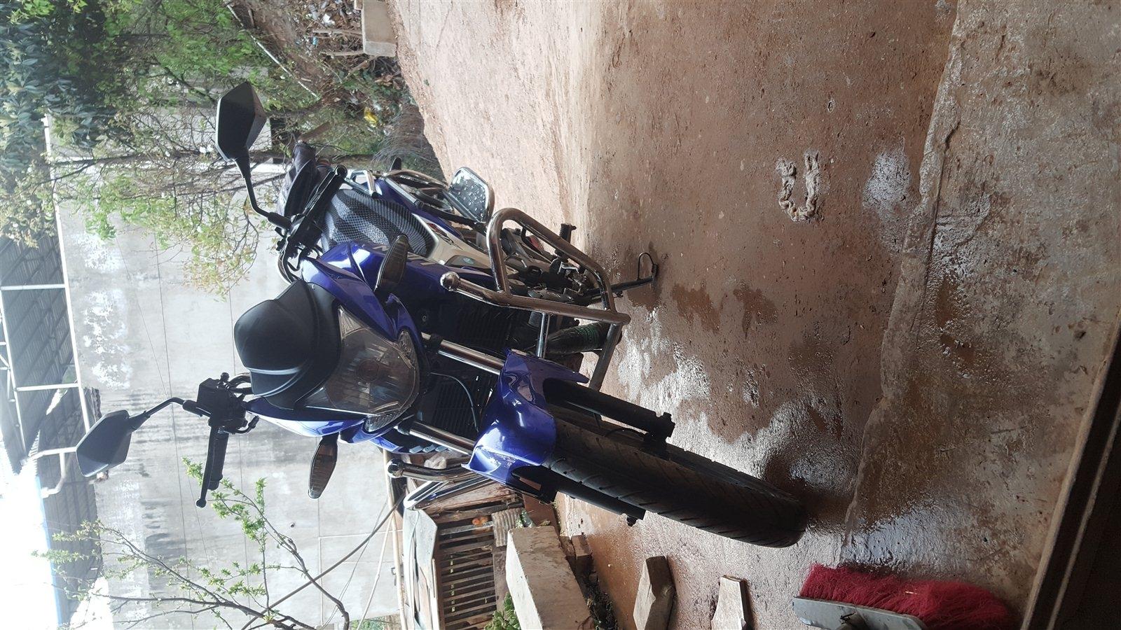 本人摩托车出售