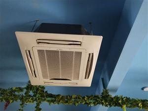 美的中央吸顶空调5P     两台,持续使用中,看中自己过来拆走。有需要的带价,有需要的带价,