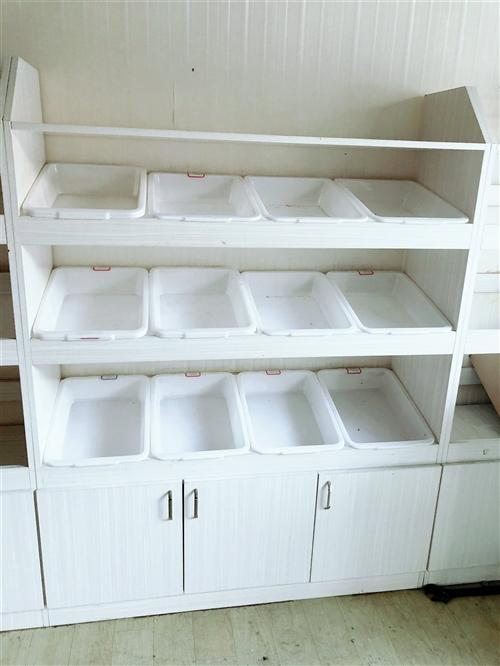 干果店订制柜子(含储物盒)出售,木头柜崭新如初,没有任何质量问题,共有如图六个柜子均可出售。俩个22...