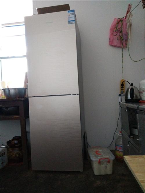 因外出打工,刚买冰箱出售。无霜的两开门。
