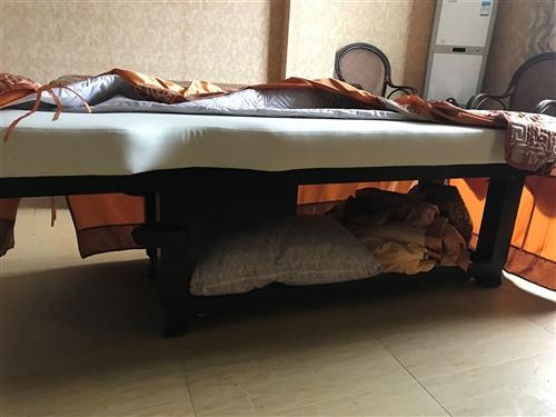 SPA按摩床,因店面转让,现有两张九成新实木SPA按摩床,原价1180/床,现400/床出售并附送全...
