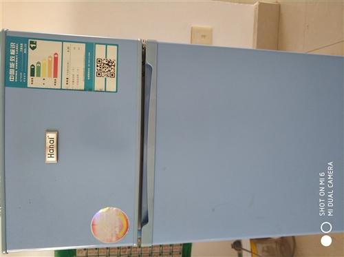 本人因为工作调动原因,现在急售一台七成的二手小冰箱