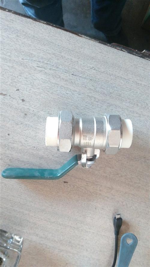 處理甩賣偉星PPR管件管材,保證正品,低價甩賣手機15383636311