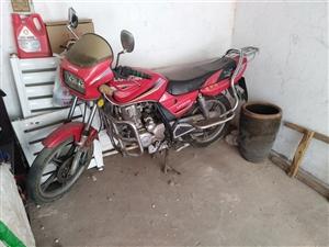 二手摩托车七成新价格1200