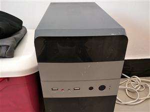 刚买一年的电脑,工作室不干了往出甩除了吃鸡什么都能玩,用了半年  128固态,4g硬盘 gt730显...