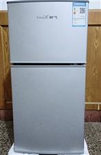 """""""新飞""""中小型电冰箱一只 120升容积 出售""""新飞""""中小型电冰箱一只,一个多月前京东上买的,几乎全新..."""