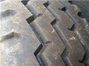 95新三包朝阳轮胎825-16,带加厚钢锅 95新三包朝阳轮胎825-16,带加厚钢锅,每条850元...