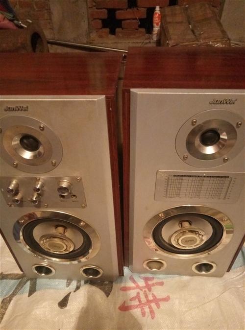 低音炮,共放,音箱,EvD,VCD,落地电风扇,全部白低价处理,联系电话15942177853.