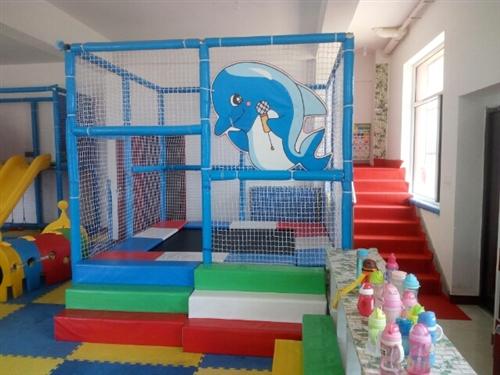 淘气堡蹦床,滑梯,儿童上下床。联系电话:15842105655