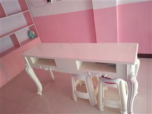 美容院家具出售!九五成新!价格优惠!质量有保证!欢迎联系15737718530