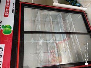 本人有二手冰柜,便利架,另外有两货柜台,九成新,低价转让联系电话13597778519