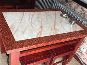 有饭馆用过的10张大理石饭桌便宜处理