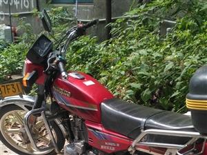 家用豪爵摩托车1500转让,性能优良,车在华容县城。