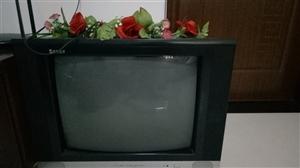 低价卖25英寸的老式电视机,200元