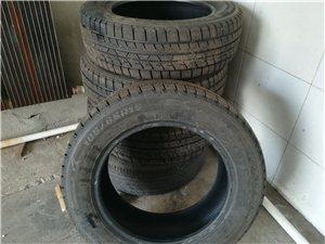 出售4根防滑轮胎89成新。规格,185,65.15