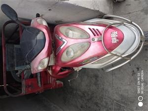 嘉陵牌三轮摩托车(110)低价转让。 已售出!