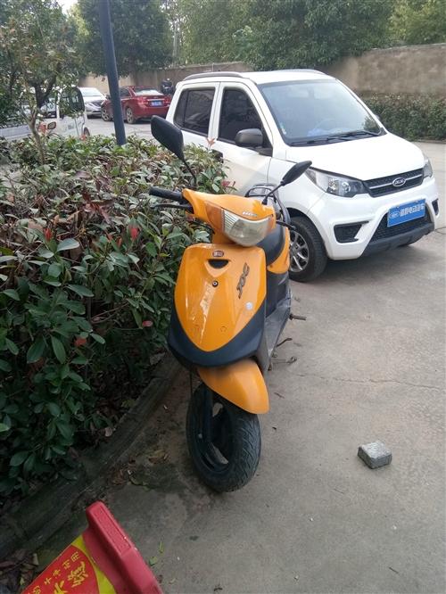 日雅踏板摩托车欲售