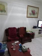 急售: 广汉市汉口路三幼对面 4楼64.9平米(实际面积70平米) 两室一厅简装,三通,采光好...