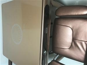 全新麻将机,只玩了一次,高档椅子,买价3500.现便宜出售