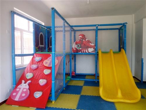 淘气堡蹦床,滑梯,幼儿园床,储物柜。联系电话:15842105655