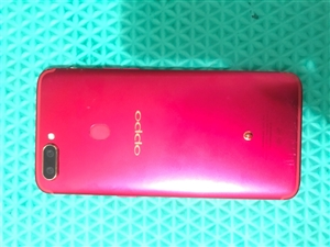 oppo   r11s   红色小狗版 二月底买的 还在保修期  没修过 没进水  换手机了才打算...