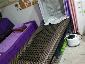 铺灸床加汗蒸机加帐子780元,只用了三个月可用来当汗蒸,剩两床,可面仪,电话15883113894