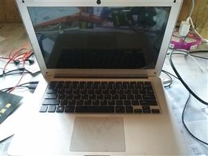 中柏笔记本电脑放家里几乎用不上了,有需要的600块拿走,很好用上网办公都可以。